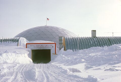 Antartic entréeDome_southPole_Cappelle144