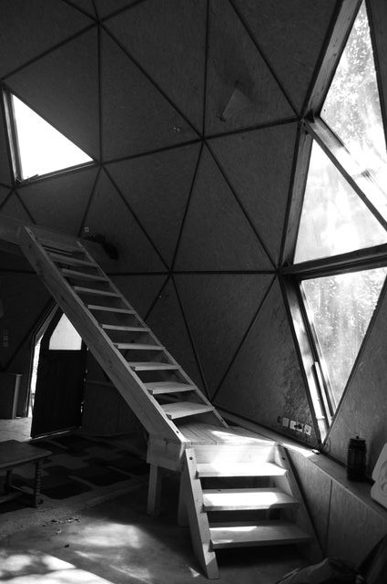 2k7_Dome_julien_escalier_0401